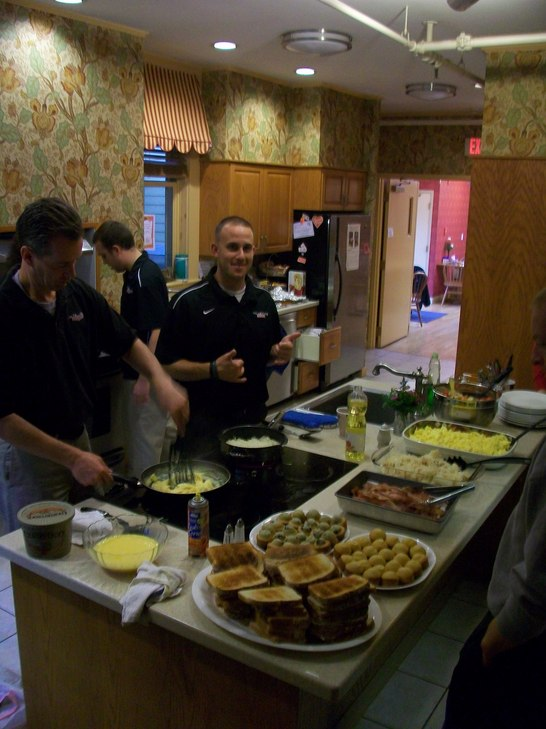 Ronald McDonald House Breakfast 022.jpg
