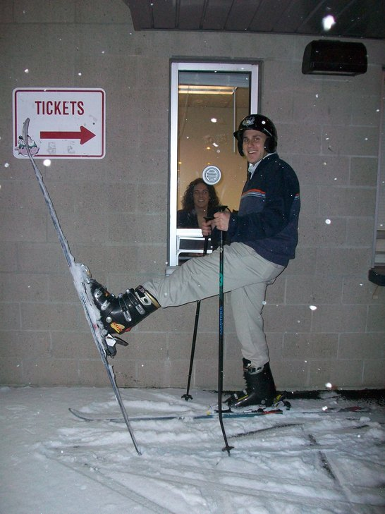 Skiiing Outside The Joe 002.jpg