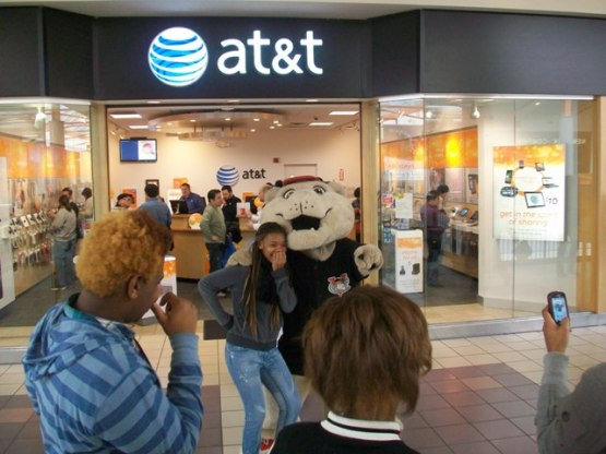 SouthPaw ATT Store