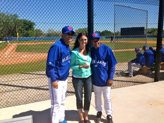 Robbie & Sandy Alomar posing for a photo with a fan.