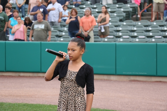 Jayda Chance sang the national anthem before the game, and it was amazing!