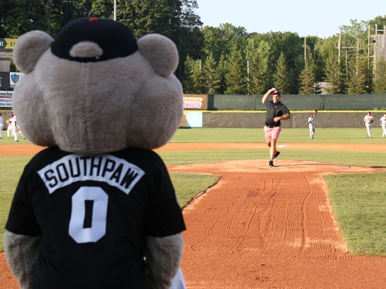 The GE Ventures representative throwing out the ceremonial first pitch!