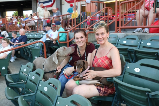 A pair of ValleyCats fans with their humans!