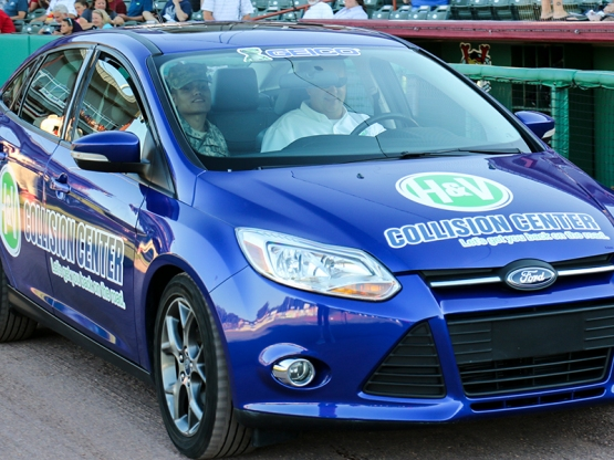 8 6 16 H&V BLUE CAR